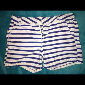 Old navy chino shorts for girl. Size 16